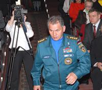 За полчаса до смены власти. Шериг0оол Ооржак и Шолбан Кара-оол. 6 апреля 2007 года.